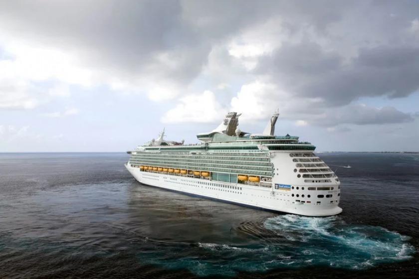 بازگشتن کشتی کروز به جزایر کارائیبی آسیب دیده از طوفان های ماریا و ایرما