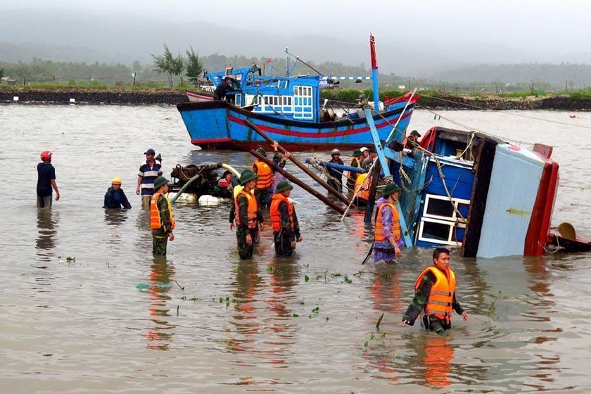 طوفان دمری در ویتنام 27 کشته به جای گذاشت
