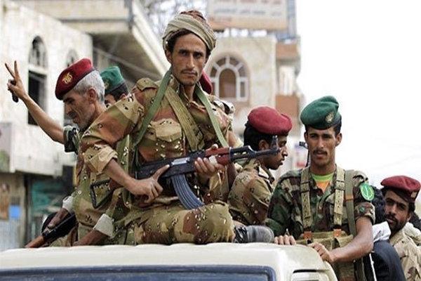 انهدام 5 خودروی زرهیِ مزدوران سعودی در جبهه الأجاشر