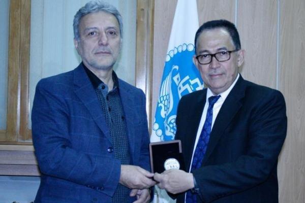 همکاری دانشگاه تهران با دانشگاه های اندونزی توسعه می یابد
