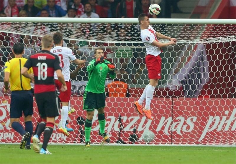 آلمان در خانه لهستان تن به شکست داد