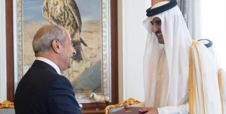 سفیر اردن استوارنامه خود را تقدیم امیر قطر کرد
