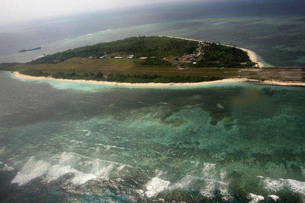 ویتنام حفاری در دریای چین جنوبی را متوقف کرد
