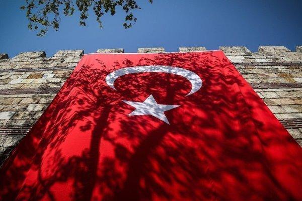 ترکیه با آزادی کارمند کنسولگری آمریکا مخالفت کرد
