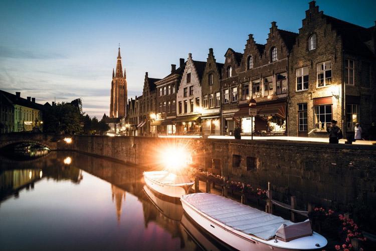 زیباترین شهرهای آبی دنیا
