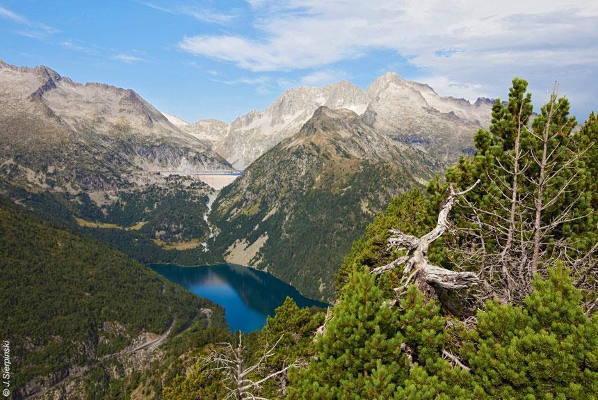 رشته کوه پیندوس در یونان