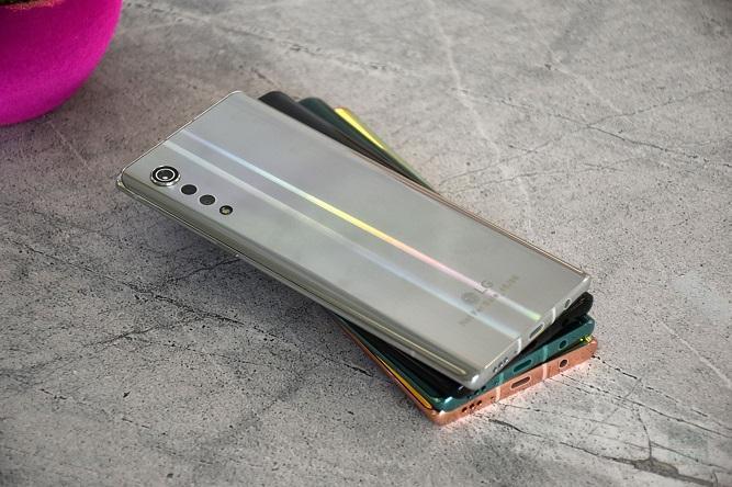 نسخه 4G گوشی ال جی Velvet با تراشه اسنپ دراگون 845 مشاهده شد