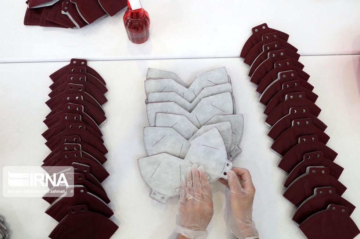 خبرنگاران 24 واحد تولیدی ماسک در آذربایجان غربی فعال است