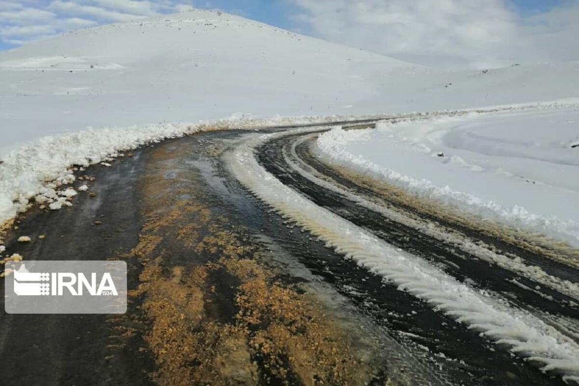 خبرنگاران فقط راه 41 روستا در آذربایجان غربی بسته است