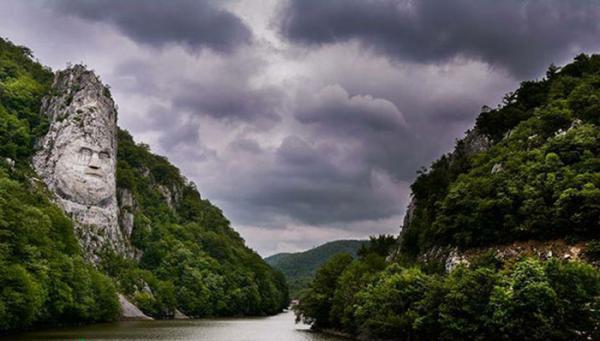 راهنمای سفر به رومانی