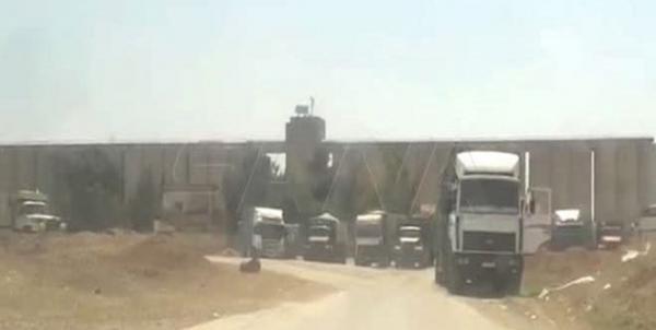 نظامیان آمریکا 42 کامیون حامل غلات را از سوریه به عراق قاچاق کردند