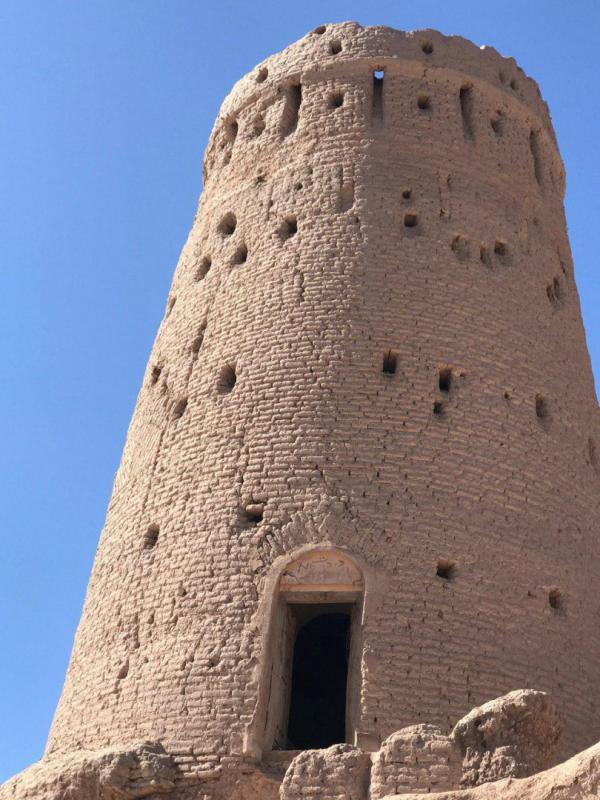 برج تاریخی روستای بهرامجرد بازسازی می گردد