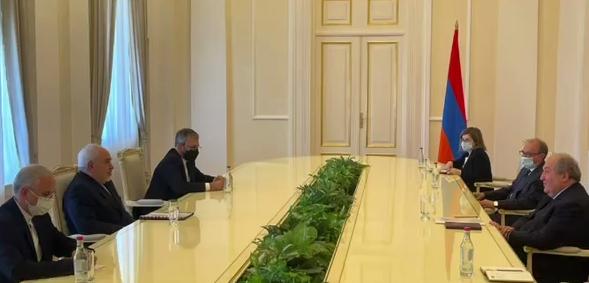 رایزنی محمدجواد ظریف با کفیل نخست وزیری ارمنستان
